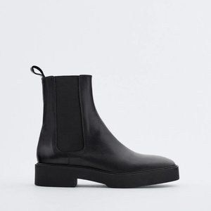 🔥MOVING SALE🔥 NEW ZARA Black LEATHER Ankle Boot